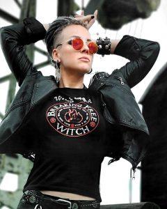 Elli Berlin Singer Alternate Model